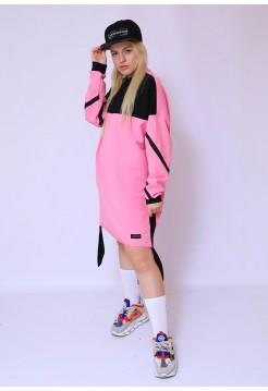 Свободное платье розовое